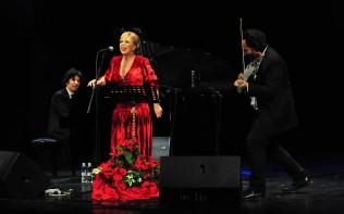 Zadar, 27.12.2019. snimio: Nenad Marčev, Koncert, Inva Mula, vokal, Olen Cesari, violina, Genc Tukiçi, klavir, Dvorana HNK Zadar, #nenomarcev #hnkzadar